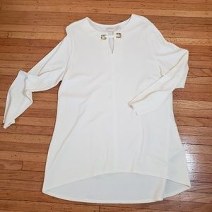 Chicos size 3 high low hem top